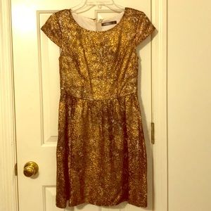 Beautiful, Unique Bronze Kensie Dress